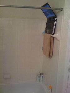 Notebook no banheiro